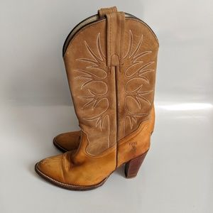 Vintage Frye Western Heeled Boots Tan Size 7.5